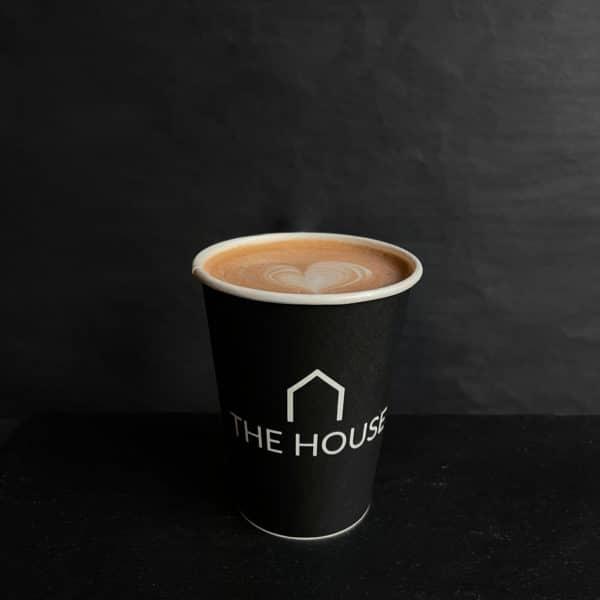 Varm kakao fra The House på gågaden i Aarhus